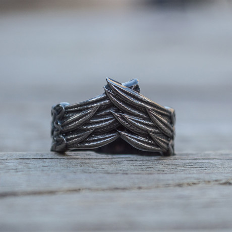 Feathers Ruthenium Plated Ring // Black (5)