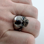 Black Series // Balled Skull Ring (5)