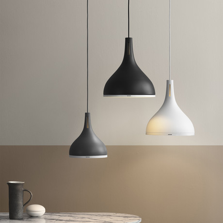 Caster 35 // Pendant Lamp (Black Beauty)