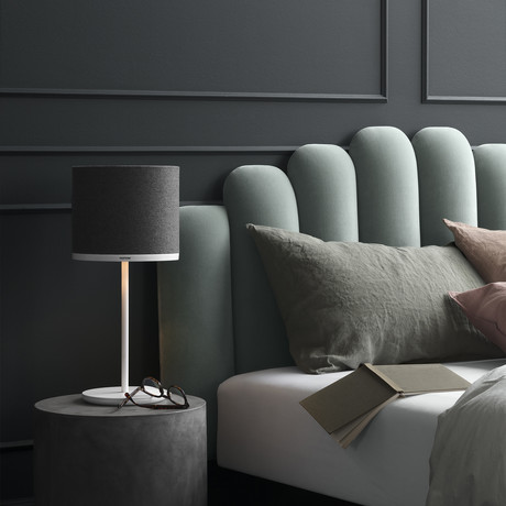 Capella Table Lamp // Mintaka 25 (Black Beauty)