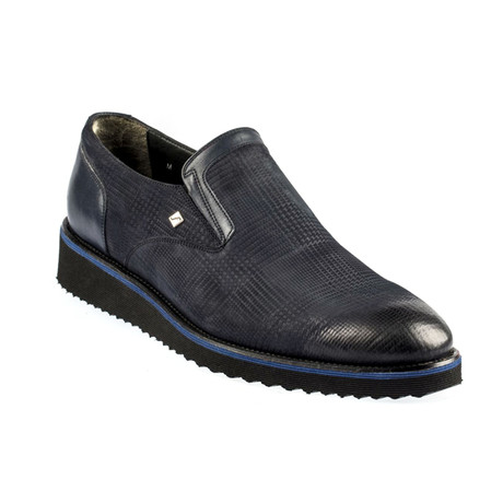 Zanza Soft Patterned Slip On // Navy Blue (Euro: 37)
