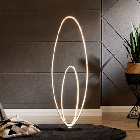 Milan // LED Floor Lamp // Chrome