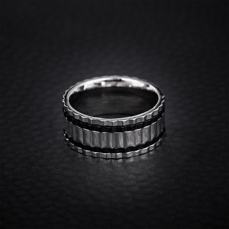 Two Tone Ribbed Edge Ring // Black + White (Size 9)
