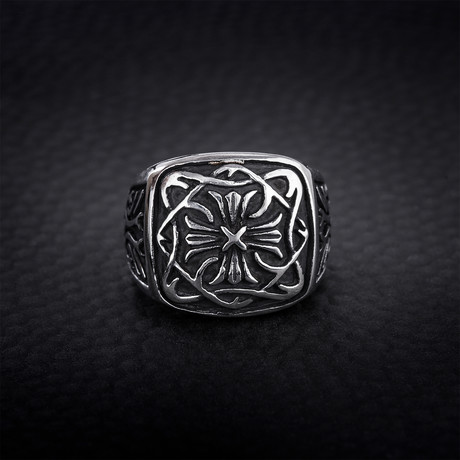 Infinity Loop Cross Design Signet Ring // Black + White (Size 9)