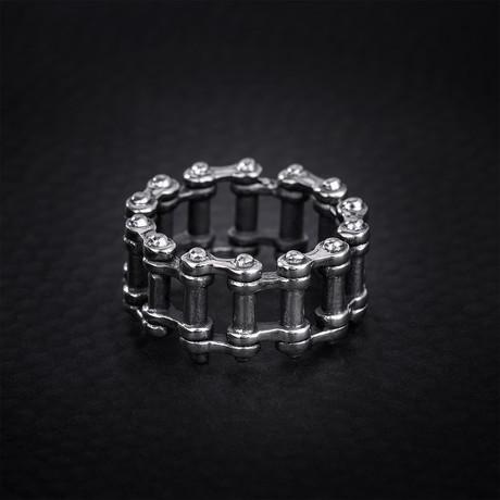Cylinder Shaped Rivet Design Ring // Silver (Size 9)