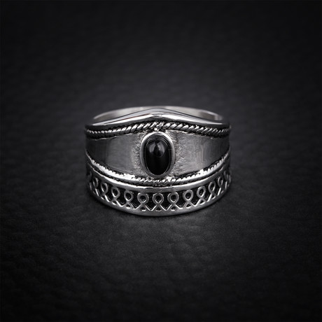 Oval Onyx + Loop Design Ring // Black + White (Size 9)