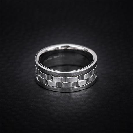 Textured Brick Design Ring // White (Size 9)