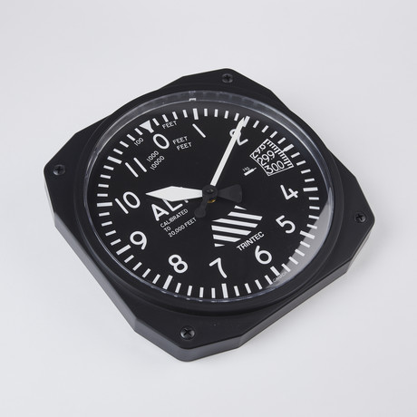"10"" Altimeter Instrument Style Clock"