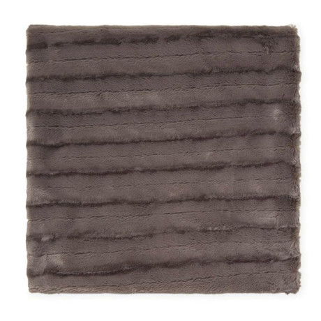 "Chinchilla Stripe Cuddle Fur Throw // Charcoal (50""L x 65""W)"