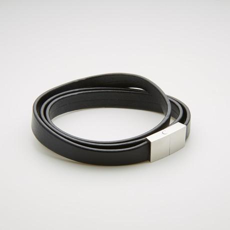 Magnetic Leather Wrap Bracelet // Black + White