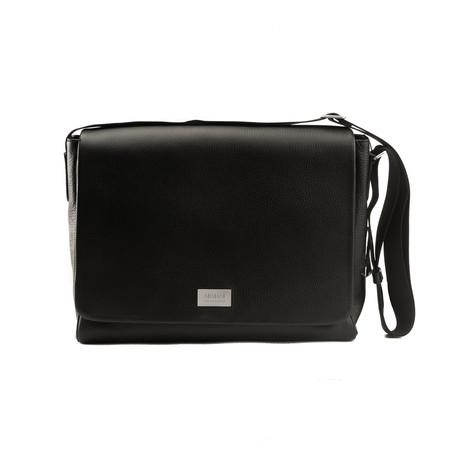 Grained Leather Messenger Bag // Black
