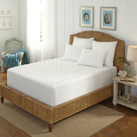 MGM Grand Hotel // 400 Thread Count // Cotton Overfilled Mattress Pad (Twin)