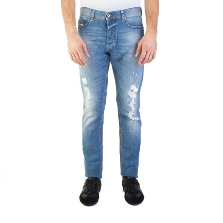 Diesel // Slim Carrot Fit Tepphar 084FT Stretch Jeans // Light Blue (US: 31)