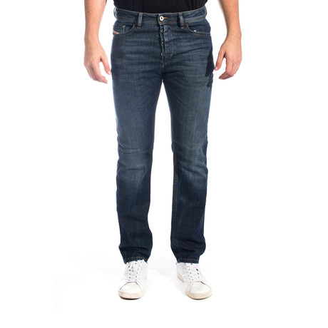 Diesel // Braddom Regular Slim Carrot-Leg Denim Jeans 0RJ06 // Blue (US: 30)