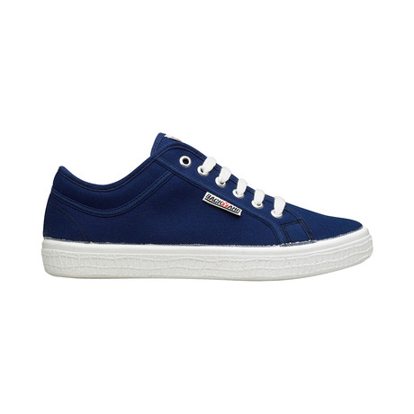 Backyard 2.0 Sneakers // Navy (Euro: 39)