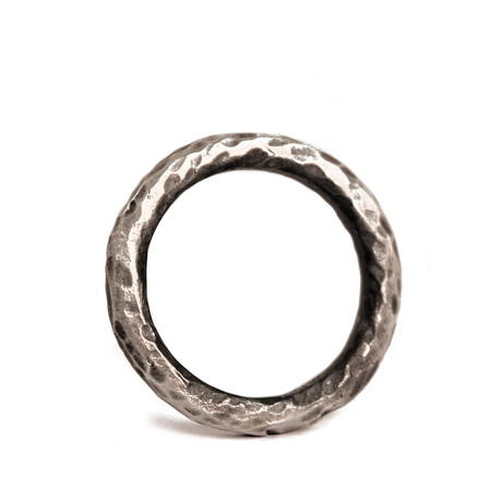 Minimal Textured Ring (Size: 8)