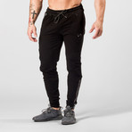 Command Jogger // Black (XL)