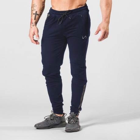 Command Jogger // Deep Navy (S)