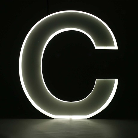 "Quizzy Neon Style Letter ""C"""