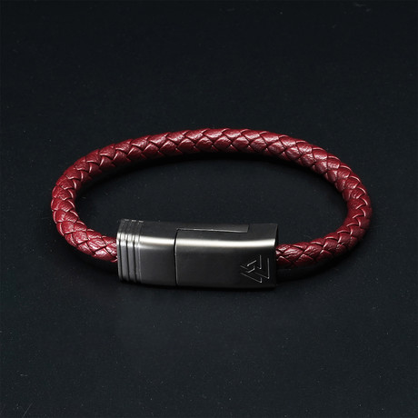 NILS Solo // Bordeaux Red // Micro USB (XS)