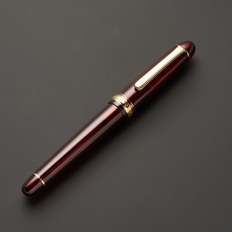 Century 71 Pen // Bourgogne + Gold Trim (Extra Fine)