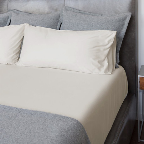 Percale Bed Sheets // Ivory (Twin)