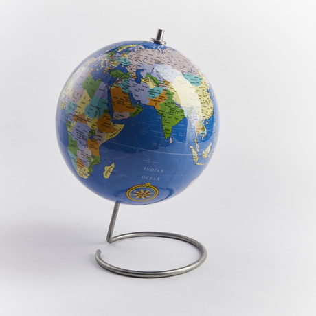 Globe // Blue (With Standard Pins)
