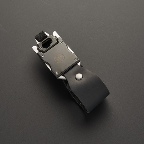 The Finn Multitool Bracelet // Black
