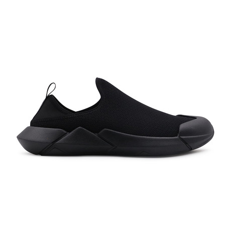 Convertible Slip-Ons // Vanta Black (US: 9)