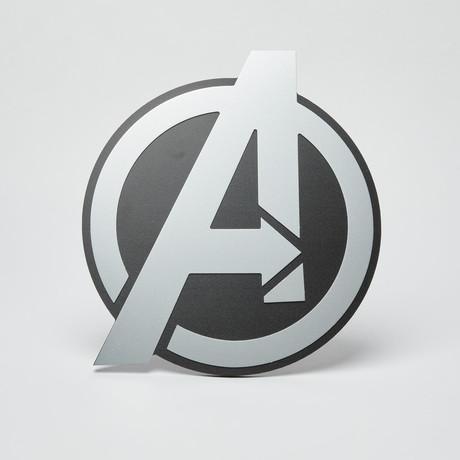 Avengers Wall Emblem // Silver