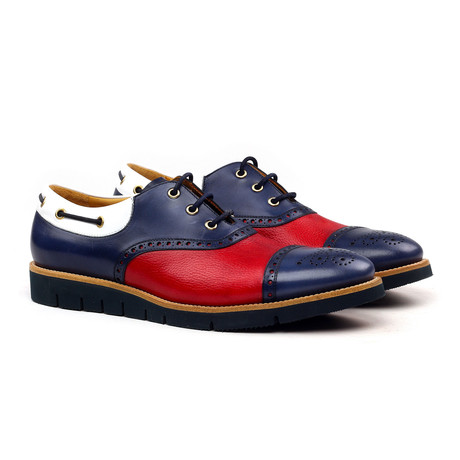 Felipe Oxford // White + Red + Blue (Euro: 40)
