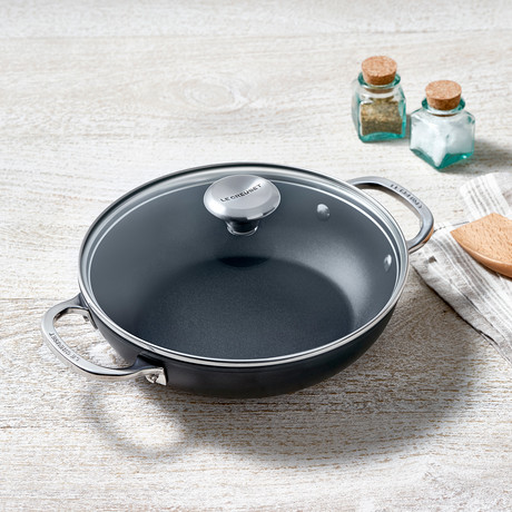 Toughened Nonstick Shallow Braiser with Glass Lid (2.5 qt)