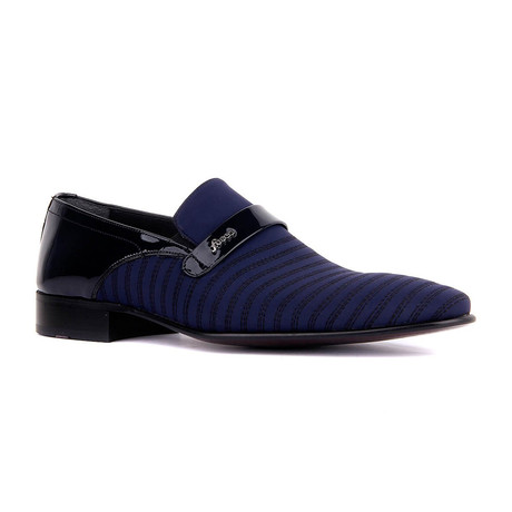 Zaku Striped Loafer // Navy Blue (Euro: 37)