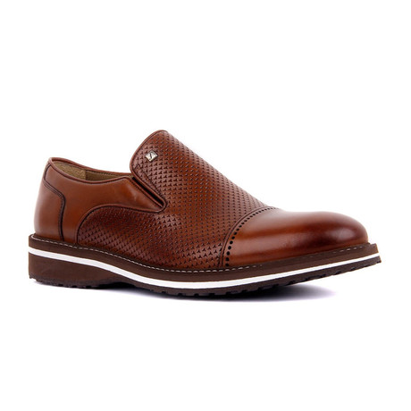 Lexos Textured Modern Slip On // Tobacco (Euro: 37)