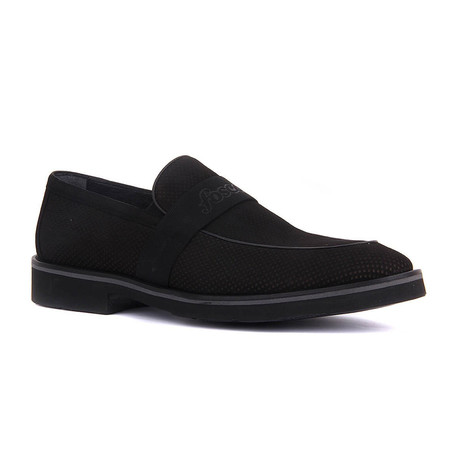 Ories Banded Slip-On // Black (Euro: 37)