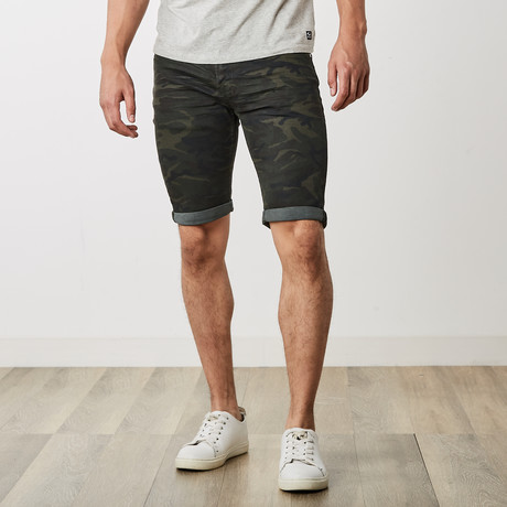 Roll Up Shorts // Olive Camo (30)