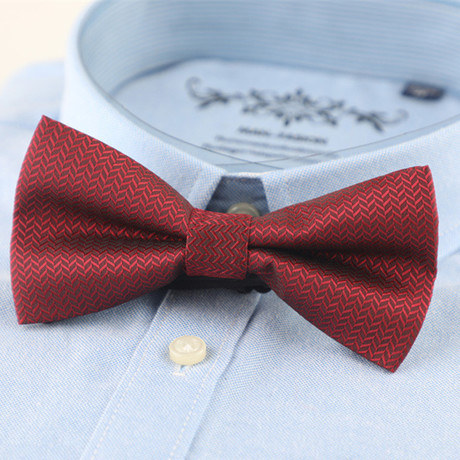 Silk Bow Tie // Dark Red