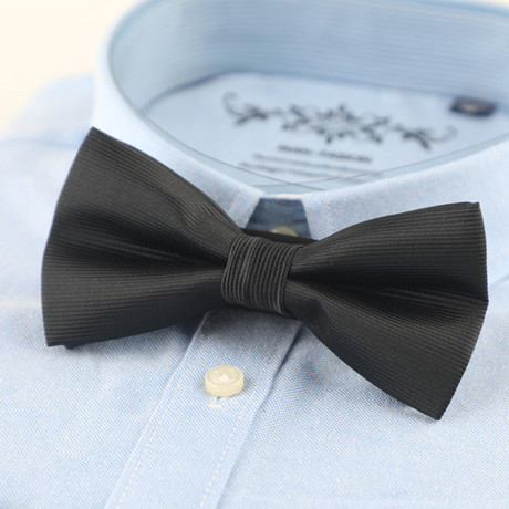 Silk Bow Tie // Black