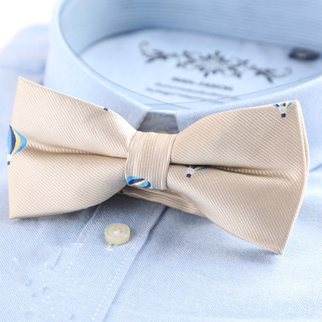 Silk Bow Tie // Off-White Balloon