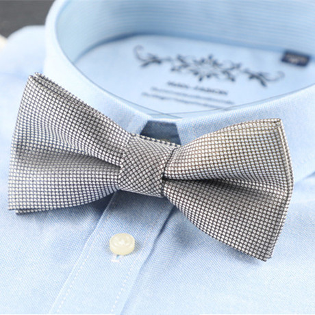 Silk Bow Tie // Gray Houndstooth