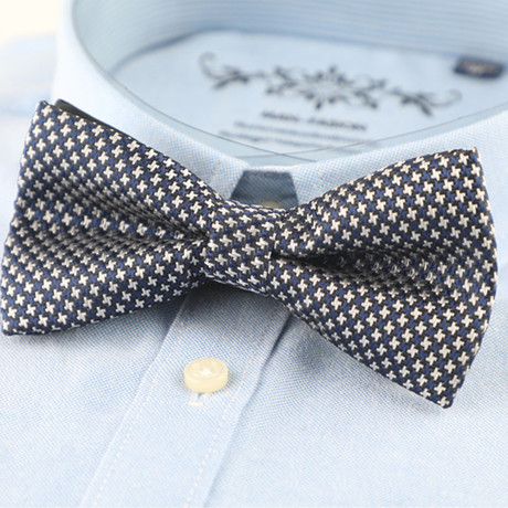 Silk Bow Tie // Blue Houndstooth
