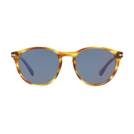 Classic Round Sunglasses // Light Havana + Gray