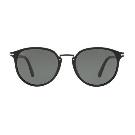 Typewritte Edition 3210 Sunglasses // Black + Gray