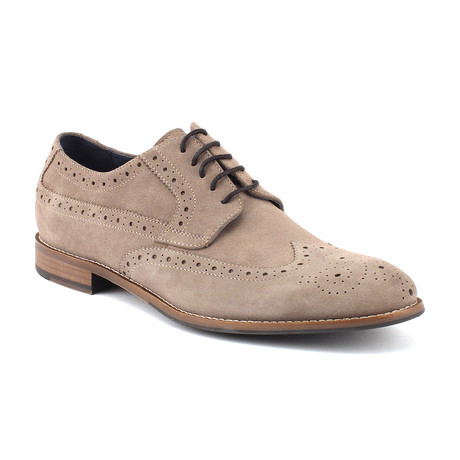 Regan Wingtip // Grey (US: 8)