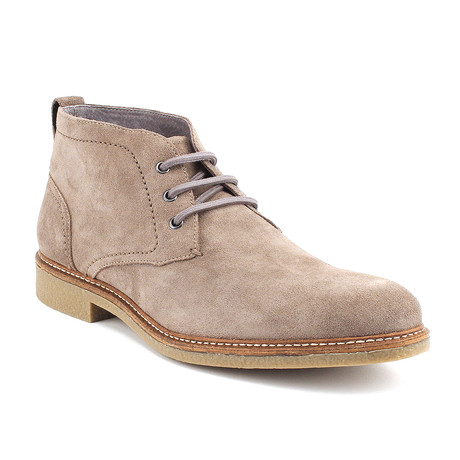 Austin Chukka // Grey (US: 8)