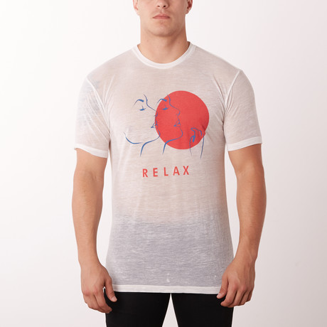 Relax Crewneck Graphic Tee // White (S)