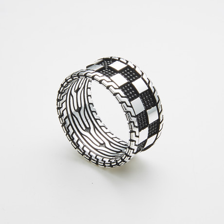 925 Solid Sterling Silver Checkered Pattern Ring // Black + Silver (Size 8)