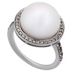 Mimi Milano 18k White Gold Diamond + White Cultured Peal Ring // Ring Size: 7.25