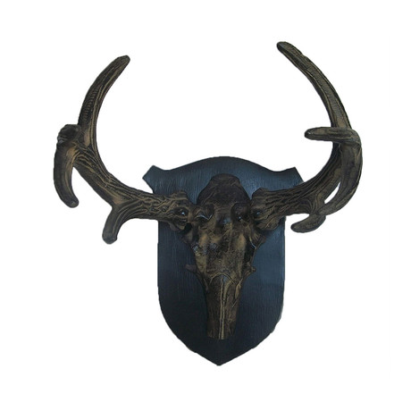 Wall Mounted Reindeer Head On Shield (Small)