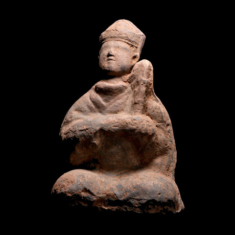 Seated Mingqi // Han Dyansty, China // 206 BCE-220 CE